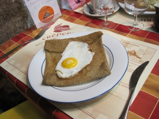 Gallette with egg and ham (tradiitonal), Bretagne, France