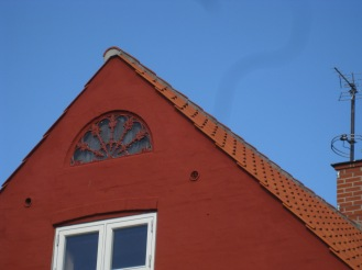 A cute RED house in Svaneke